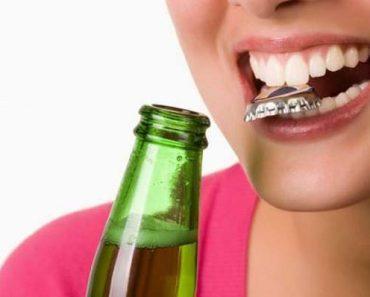 Dùng răng để mở nắp chai có thể làm răng bị lung lay