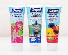 Kem đánh răng cho bé dưới 1 tuổi ORAJEL