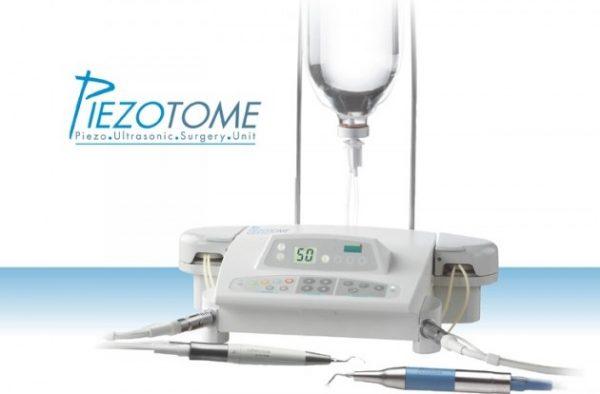 Máy Piezotome giúp nhổ răng khôn diễn ra an toàn, nhanh chóng