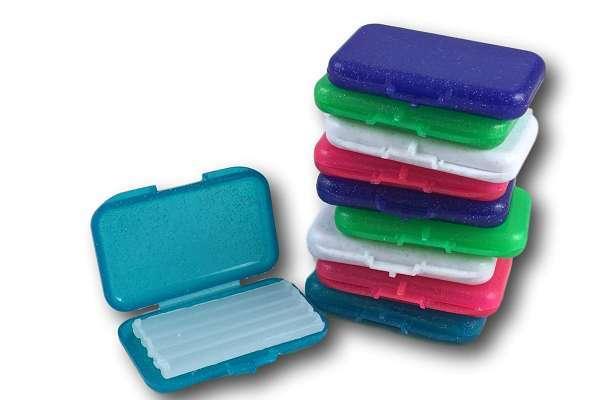Sáp nha khoa được dùng để giảm đau và khó chịu do đeo khí cụ niềng răng