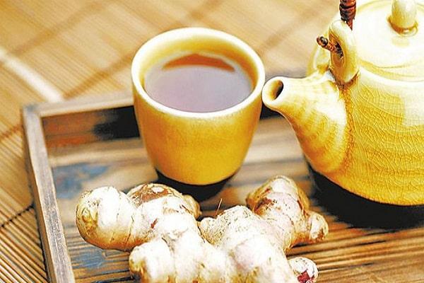 Uống trà gừng cũng là cách hay chữa hôi miệng