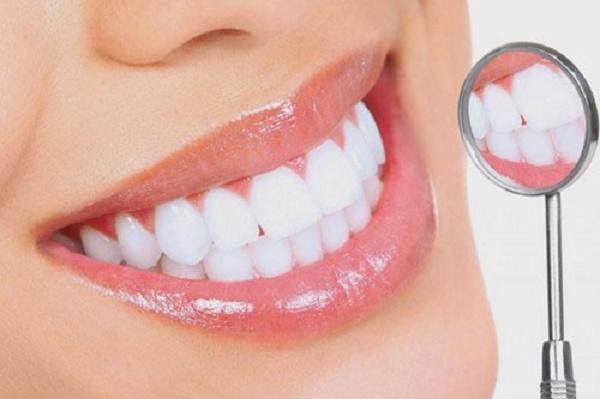 Bệnh nhân bọc sứ không nên niềng răng