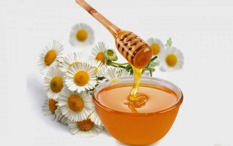 Chữa nhiệt miệng cho bé bằng mật ong