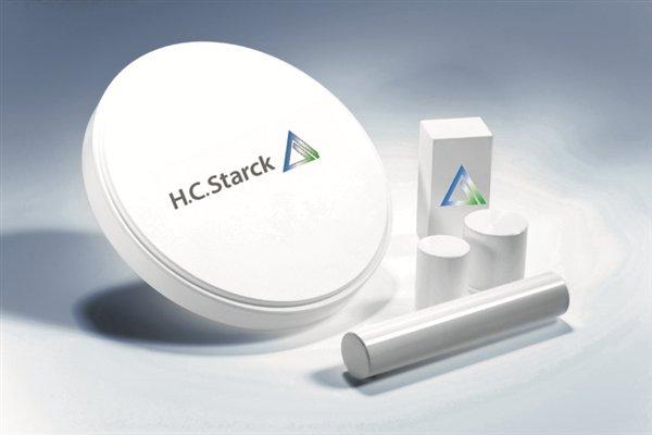 Vật liệu sản xuất sứ UT-Smile được cung cấp bởi H.C.Starck – nhà sản xuất phôi sứ hàng đầu thế giới