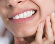 Bị đau răng khôn nên ăn gì để tránh đau nhức?