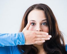 Nguyên nhân dẫn đến hôi miệng?