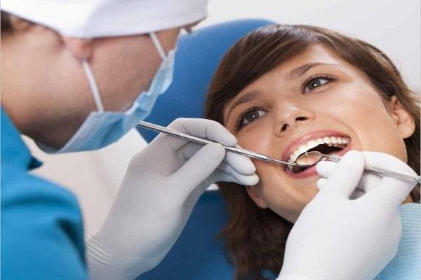 Tẩy trắng răng bằng công nghệ cao tại nha khoa mang lại hiệu quả lâu dài