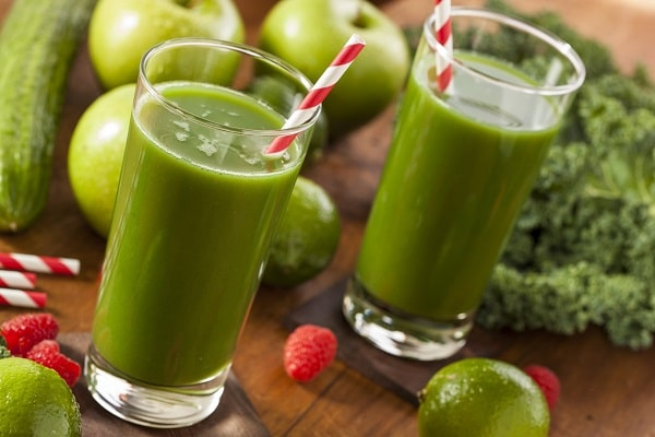 Cách chữa nhiệt miệng hiệu quả từ cây rau ngót và hàn the