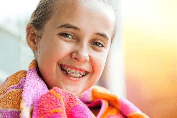Niềng răng ở trẻ sẽ rút ngắn thời gian niềng hơn